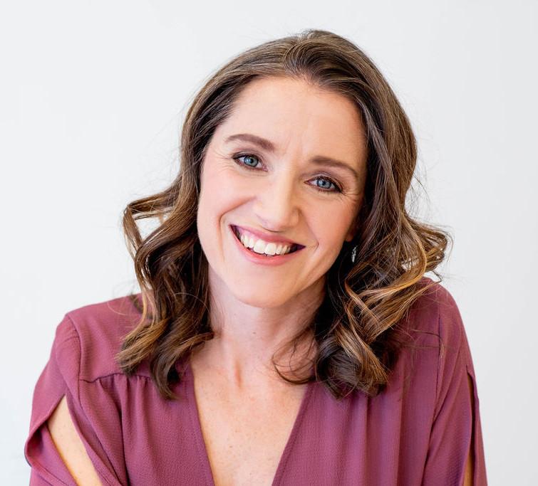 Stephanie Hengstenberg headshot