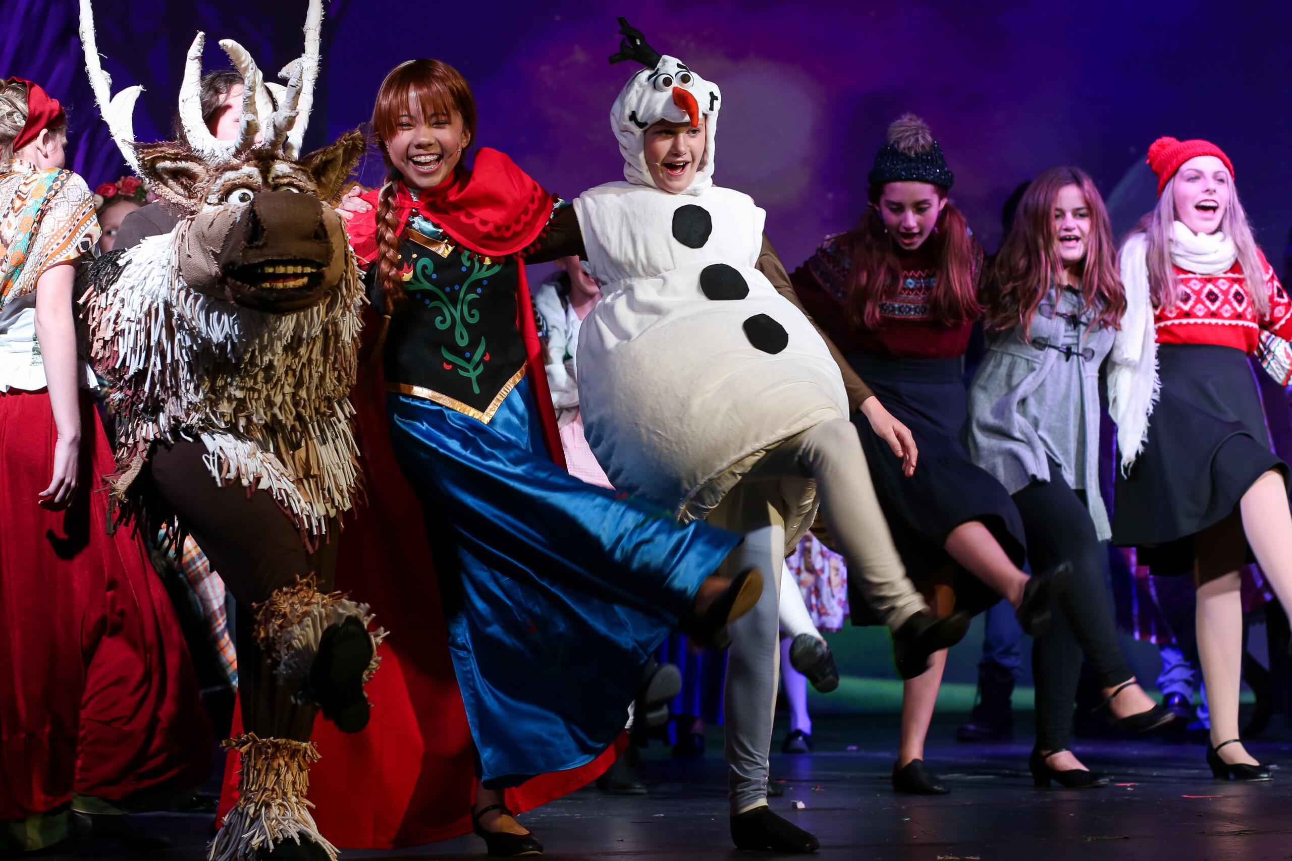 NTPA Actors performing in Frozen JR